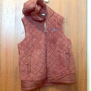 Women'a M Los Gatos Hooded Vest in Moccasin Brown